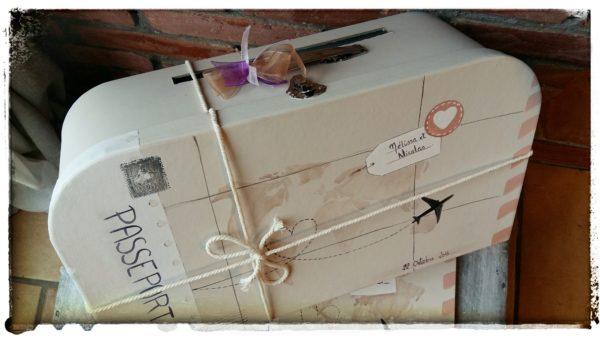 détail valise urne