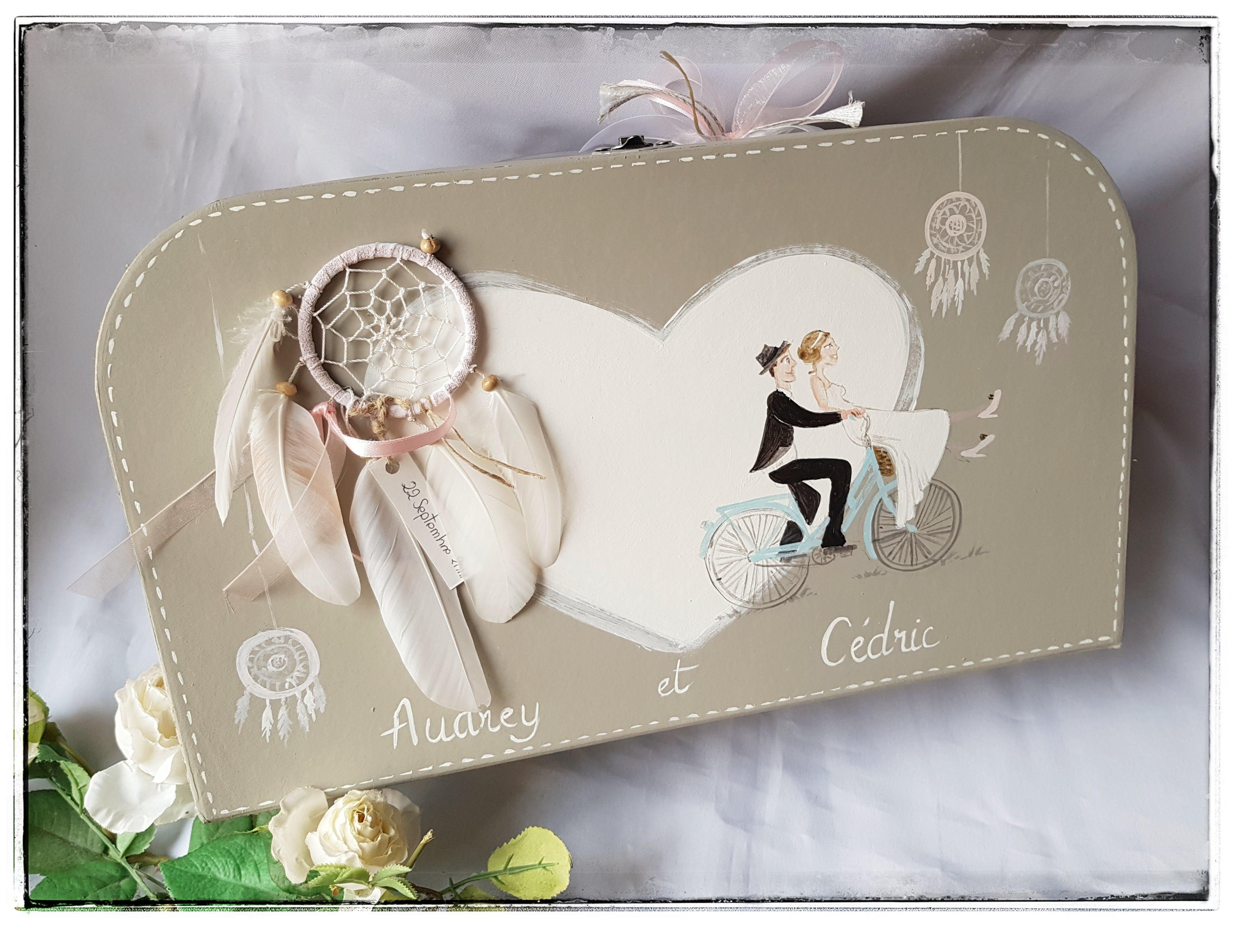 valise cagnotte mariage attrape r ve atelier plume d 39 ange. Black Bedroom Furniture Sets. Home Design Ideas